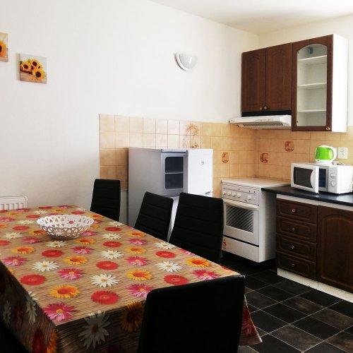 kuchyň k pokoji č. 2 a 3